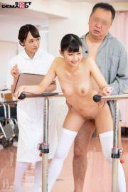 若手看護師2人が患者の体をリハビリさせるために中出し性交! [SENN-001/1senn00001]